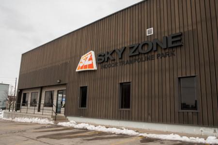 20130306-590-Skyzone-01
