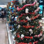 クリスマスグッズを買うならThe Bay